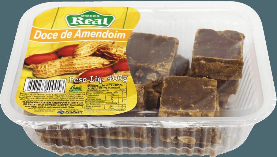Doce de amendoim cortado